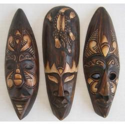 Dřevěná maska 30cm