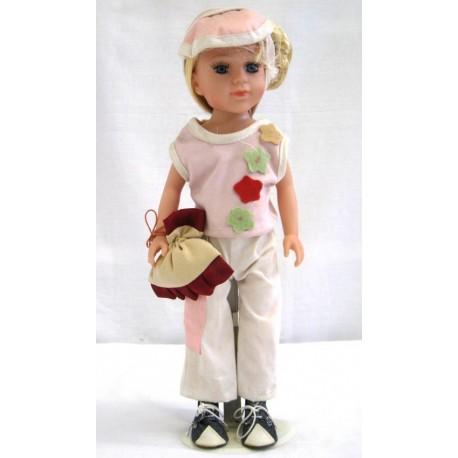 Porcelánová panenka 37cm