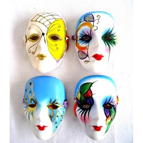 Porcelánová maska 13cm